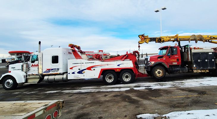 Top Benefits Of Hiring Heavy Duty Towing Services
