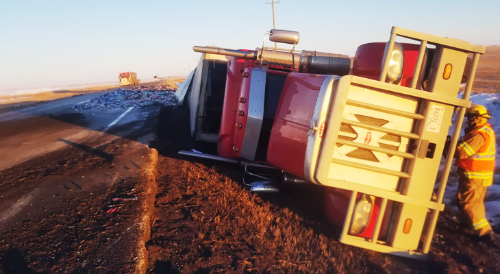 3 Reasons Why A Tow Truck Should Be Used To Move An Overturned Vehicle
